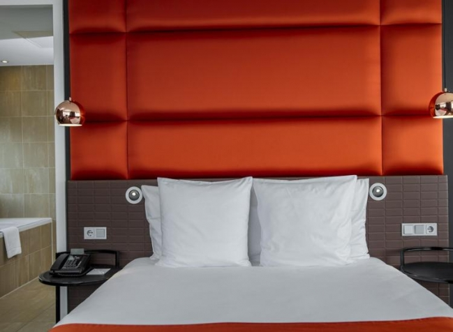 Holiday-Inn-Amsterdam-Arena-Towers-Bett