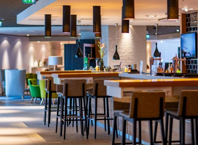 Holiday-Inn-Amsterdam-Arena-Towers-Lounge